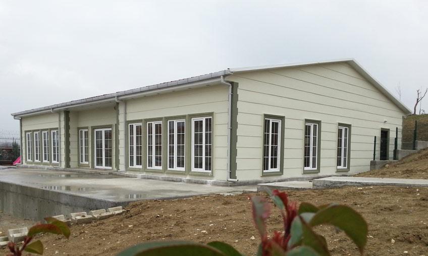 Un bâtiment temporaire pour une entreprise dynamique