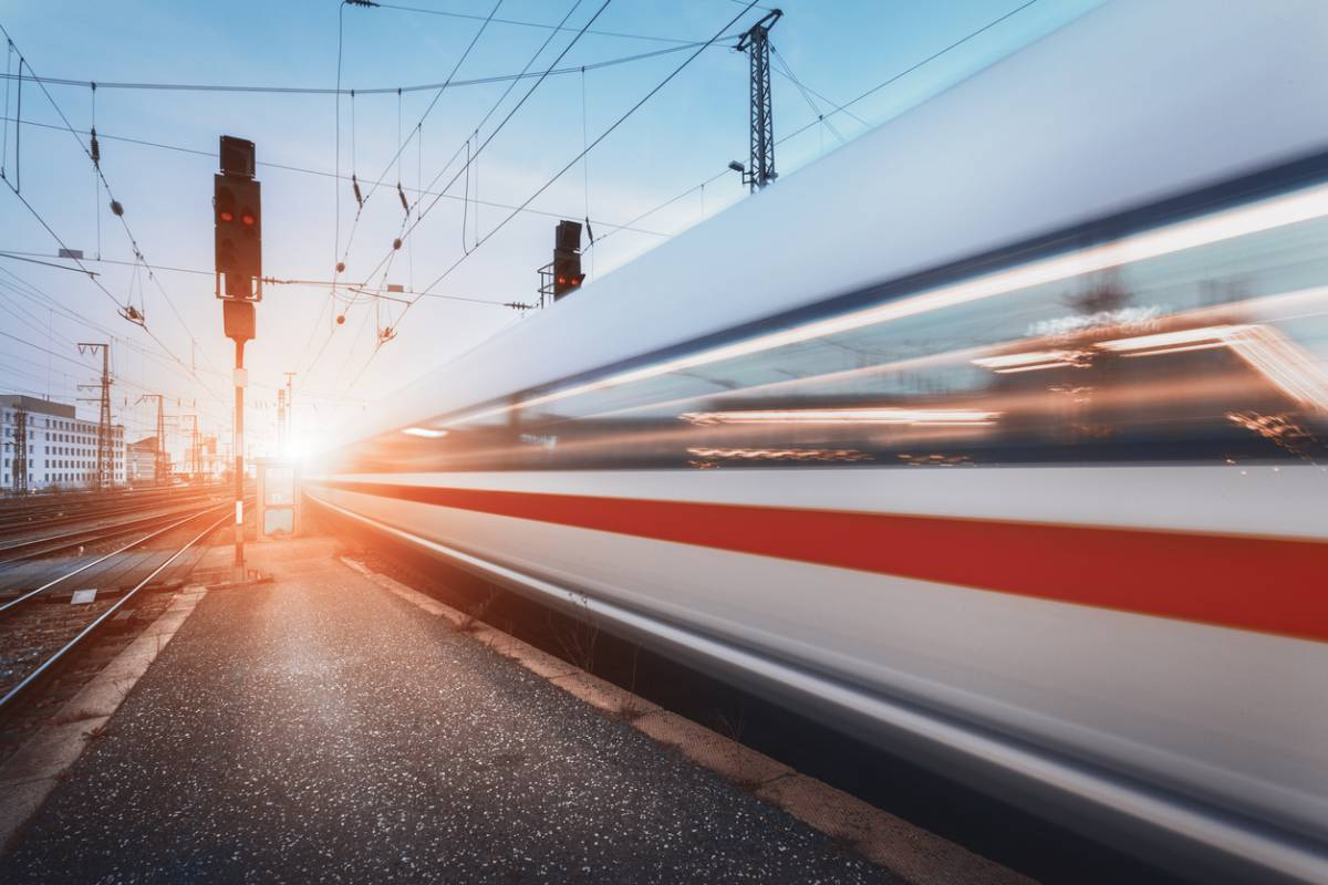 Transport express : quand votre colis prend le train !